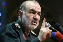 Iranian nation never to bend to pressure: Gen. Salami