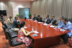 Tehran Times, Mehr News journalists visit China Daily