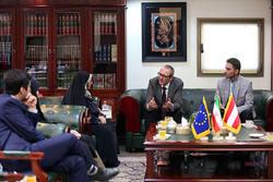 دیدار سفرای اتریش و سوئیس در تهران از کتابخانه ملی