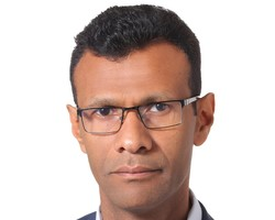 Fatik al-Rodaini is a senior Yemeni journalist
