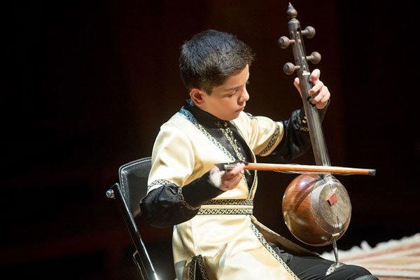 نخستین جشنواره موسیقی آواها و نواها در شیراز برگزار می شود
