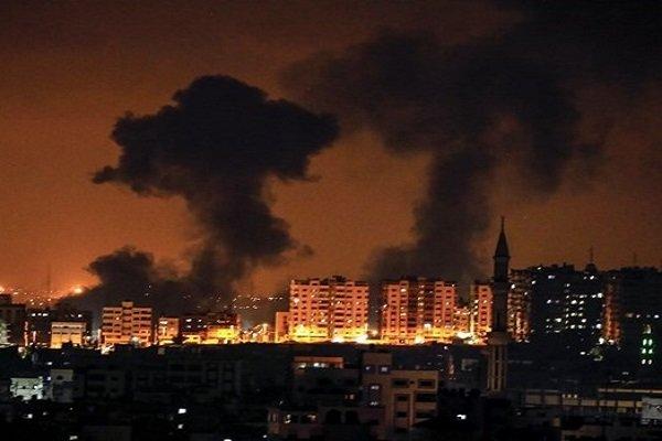 الاحتلال يقصف غزة مجددًا وفصائل المقاومة تردّ