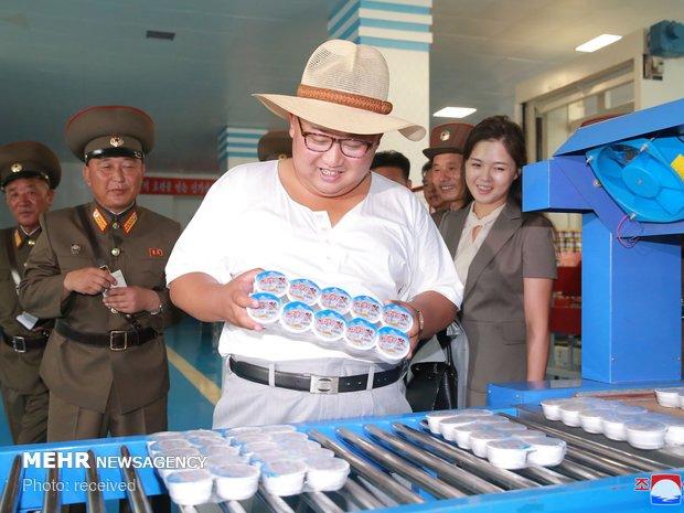 بازدید رهبر کره شمالی از یک کارخانه