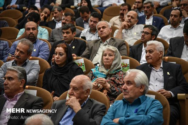 شانزدهمين اجلاسيه خيرين سلامت استان فارس