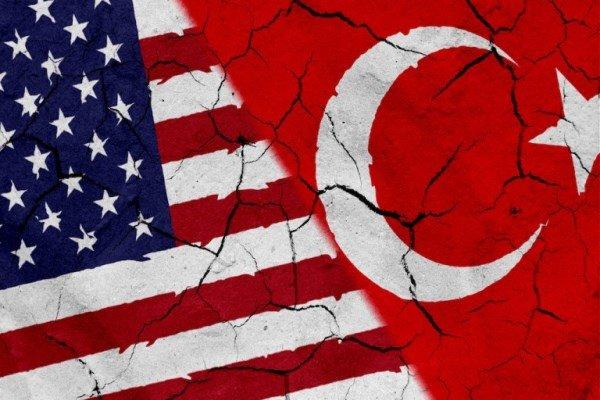 محكمة تركية ترفض طلب استئناف تقدم به القس الأميركي المحتجز لإطلاق سراحه