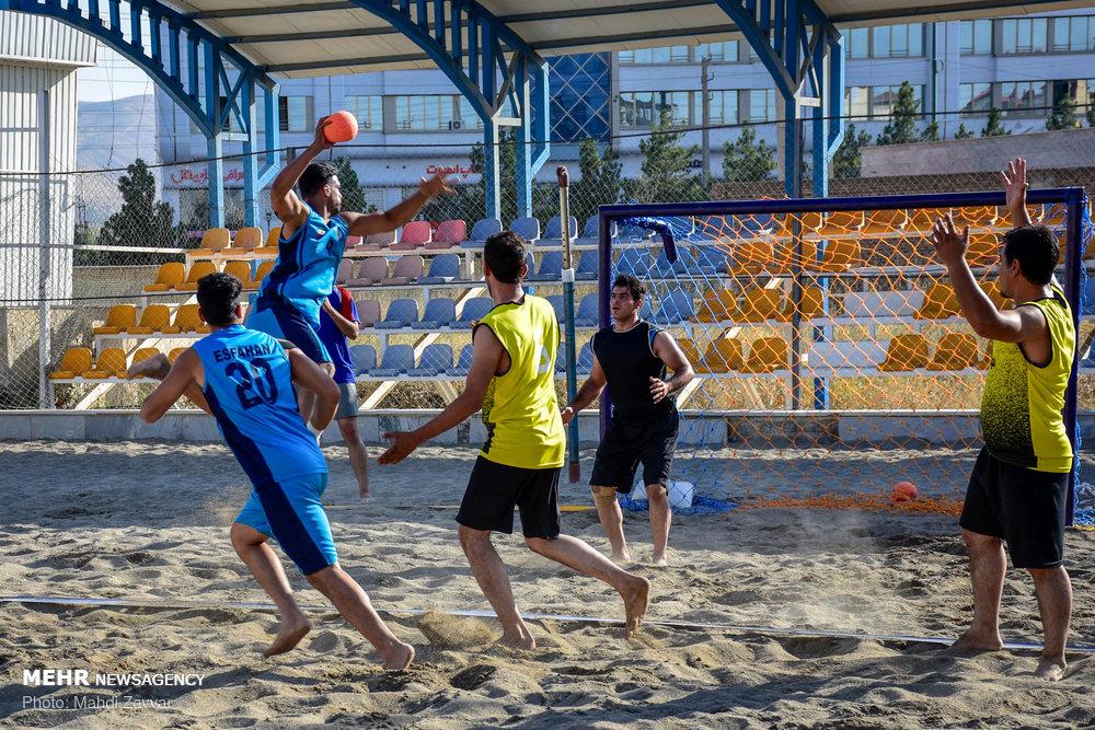 مسابقات قهرمانی هندبال ساحلی مردان کشور