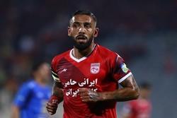 اشکان دژاگه: از تیم ملی فوتبال در حدِ یک قهرمان حمایت نشد