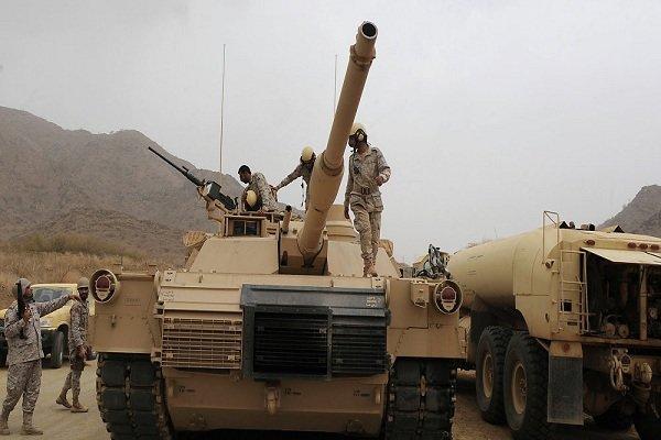 الجيش اليمني يدك تجمعات العدوان  بالساحل الغربي بصاروخ باليستي قصير المدى