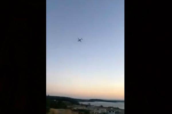 سقوط طائرة أقلع بها موظف بشركة طيران من مطار سياتل الأميركي