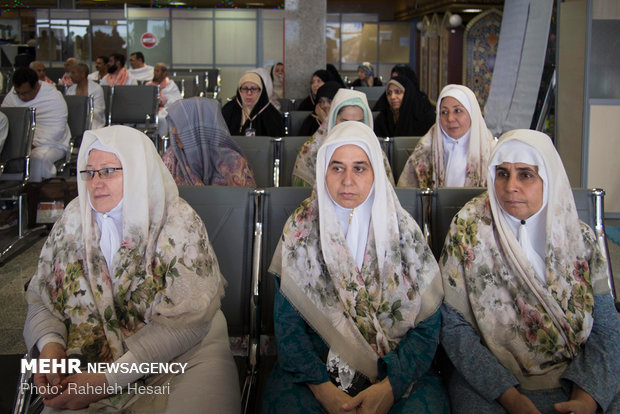 Pilgrims from north of Iran leave for holy lands in KSA