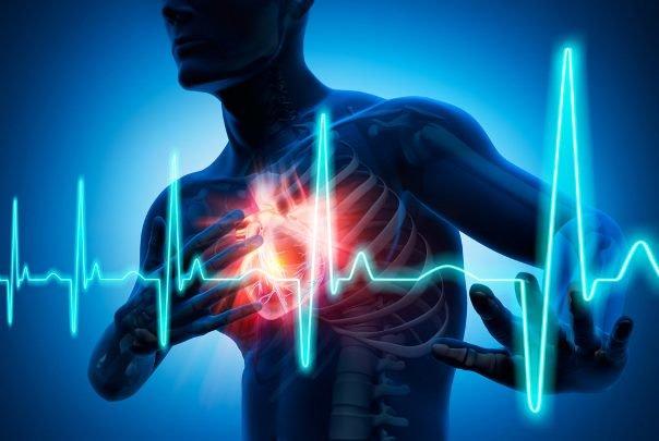 ۴۳ درصد ایرانی ها با قلب بیمار فوت می کنند
