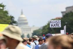 تظاهرات گسترده مردم واشنگتن در اعتراض به افراط گرایی