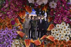 ادای احترام فرماندهان مرزبانی عراق و هیئت همراه به امام خمینی(ره)