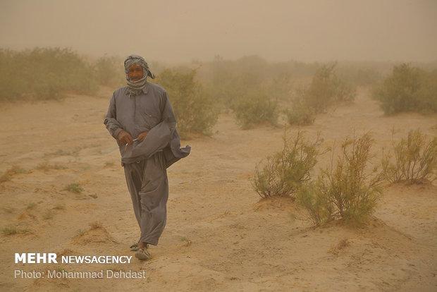 Dust storms sweep across Zabol