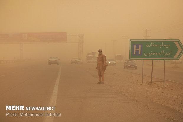طوفان شن در زابل