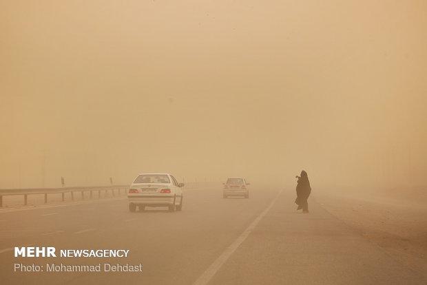 سرعت وزش بادهای ۱۲۰ روزه سیستان از ۱۰۰ کیلومتر هم بیشتر می شود