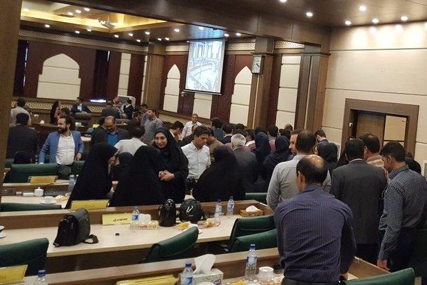 ابعاد اتفاقات اخیر در شورای شهر شیراز را با مردم درمیان می گذارم