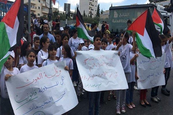 گسترش دامنه اعتراضات فلسطینیان به سیاست های ظالمانه «آنروا»,