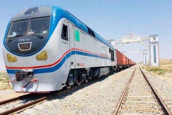 Chinese freight train enters Iran from Incheh-Burun