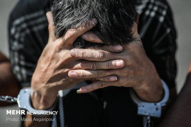 دستگیری موبایل قاپ با شلیک گلوله ماموران
