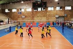 سمنان نائب قهرمان مسابقات والیبال امید دسته سه دختران کشور شد