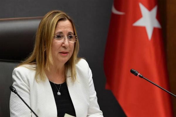 Pekcan: Türkiye'den İran'a ihracat kontrollü bir şekilde devam ediyor