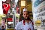 Türkiye'de alım gücü düşmeye devam edecek