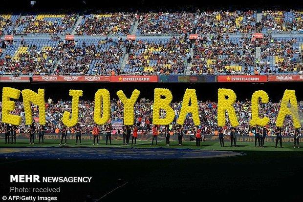 دیدار تیم های فوتبال بارسلونا و بوکاجونیورز
