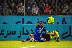 دیدار تیم های فوتبال پارس جنوبی جم و استقلال تهران