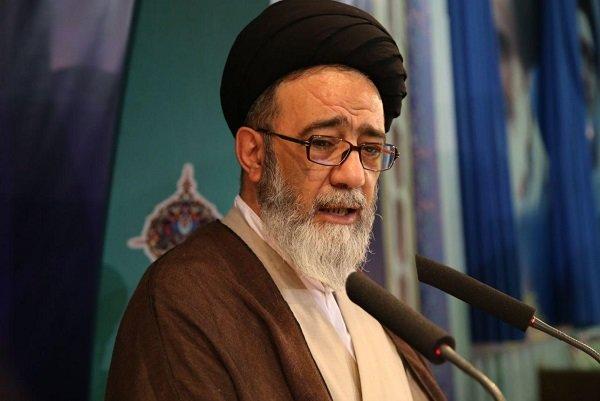 ترافیک شهری تبریز حل شود/ ضرورت توجه به مسائل زیست محیطی و آلودگی