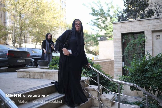 حضور سینماگران در منزل عزت الله انتظامی