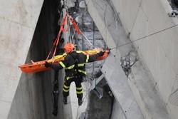 ادامه عملیات امداد در جنوای ایتالیا