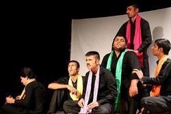 هفته سرود و نمایش مدارس نیز به شبکه شاد رفت/آنلاین سرود و نمایش ببینید