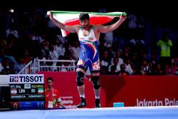 Dünya Güreş Birliği İranlı güreşçiyi takdir etti