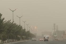 طوفان شن و ریزگردها کرمانی ها را خانه نشین کرد/ سرما در کمین است