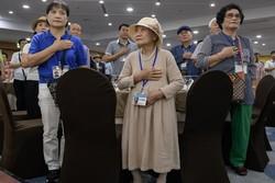 Kore'nin savaşta parçalanmış aileleri buluştu