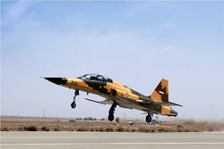 پرواز نخستین هواپیمای جنگنده ایرانی