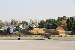 """تحليق أول مقاتلة متطورة ايرانية الصنع """"كوثر"""" /صور"""