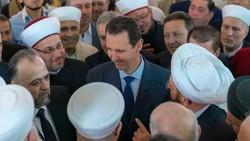 الرئيس السوري يؤدي صلاة عيد الأضحى في جامع الروضة بدمشق