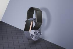 ساعت هوشمندی که در عمق ۵۰ متری آب سالم می ماند