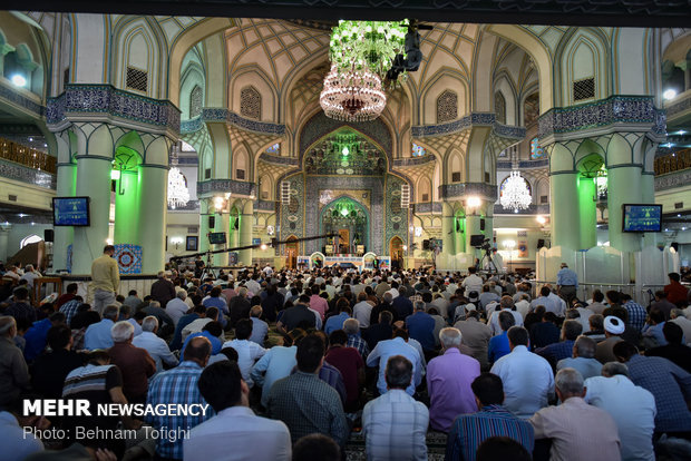 مراسم دعای عرفه در حرم حضرت عبدالعظیم الحسنی (ع)