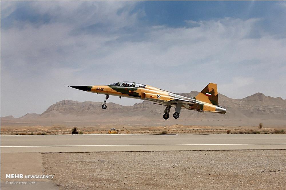 Iran test-flies new fighter/trainer 'Kosar'