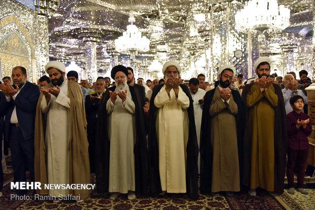 اقامه نماز عید قربان در حرم رضوی