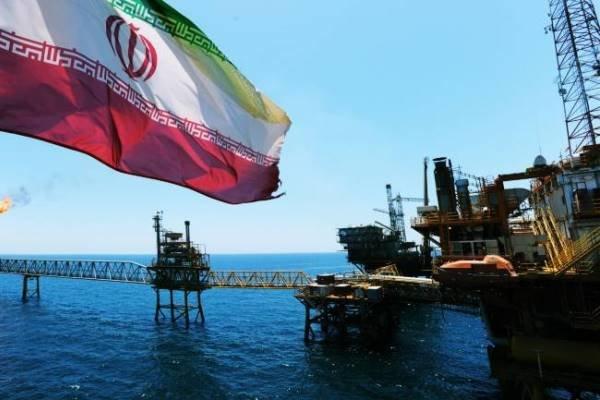 Ekim ayında Hindistan'ın İran'dan petrol ithalatı arttı