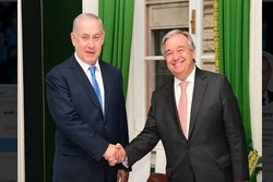 Zionist regime's Prime Minister Benjamin Netanyahu (left) and UN Secretary General Antَnio Guterres (right)