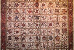 ۱۷ خوشه فرش دستباف ایجاد شد/چین بازار بکر برای صادرات فرش ایرانی