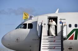 پاپ بانگهێشتی کۆریای باکوور کرا