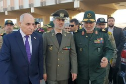 وزير الدفاع الإيراني يصل سوريا