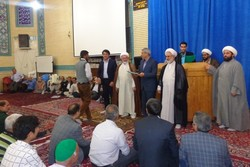 جوانان پیشگام فعالیتهای فرهنگی و مذهبی در مساجد باشند