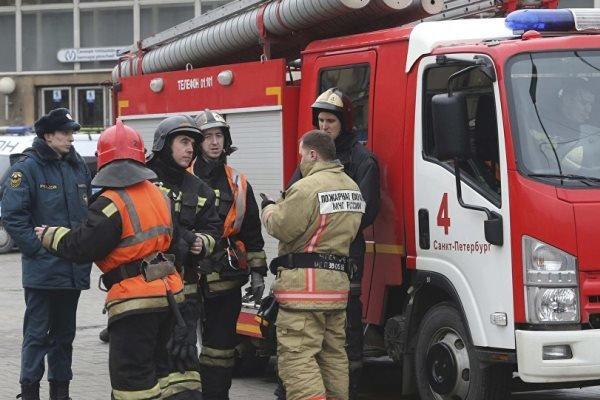 Rusya'da tarihi binada yangın